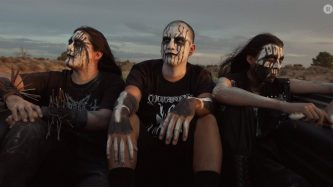 Metal from the dirt: la escena en la Reserva Navajo